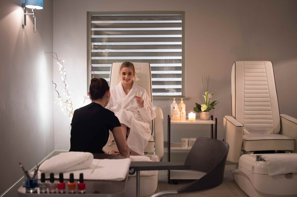 Belfry_Spa_Treatment_Room_lo-res