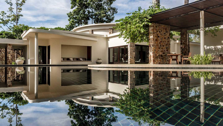 Amansara-Main-pool