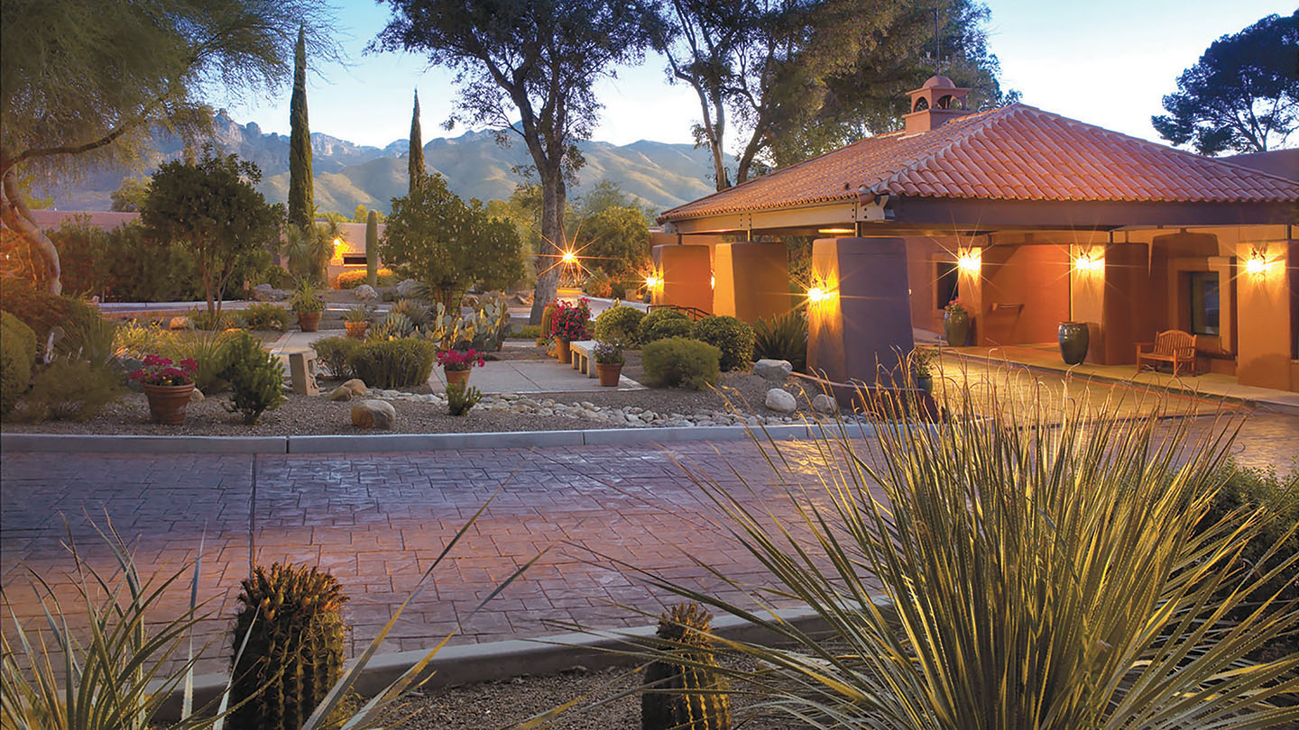 Canyon-Ranch-Tucson-Clubhouse