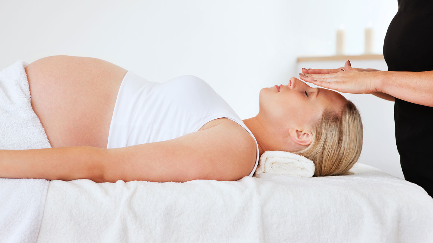 Reiki on Pregnant lady