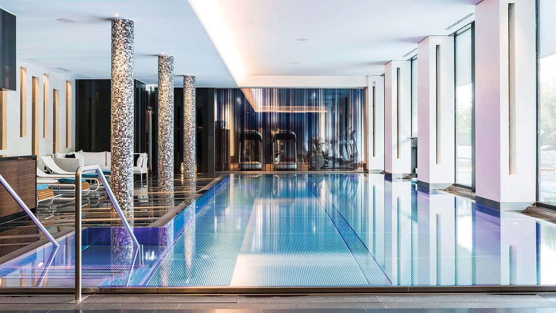 Royal Savoy Pool Lausanne