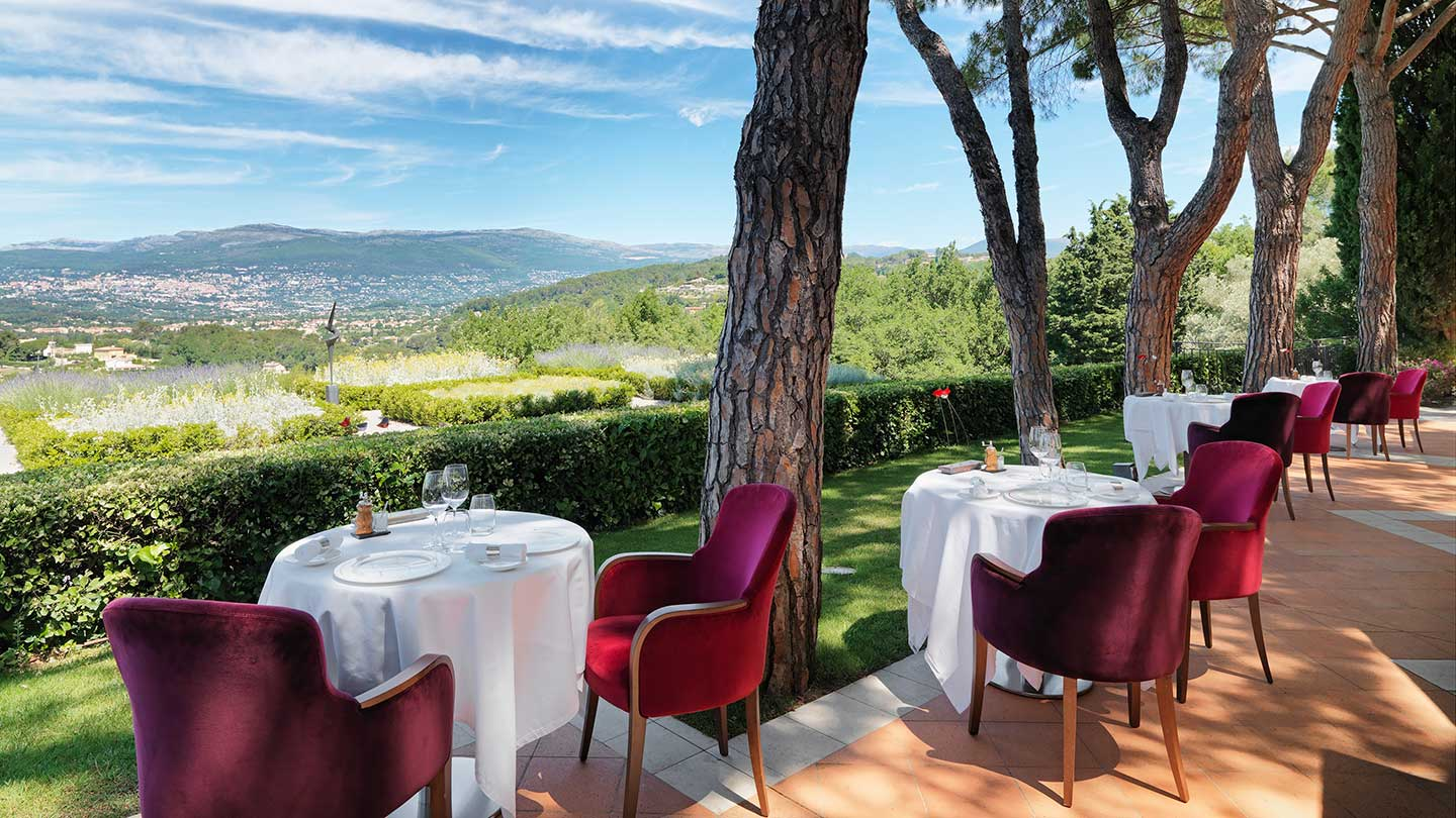 Le Mas Candille dining terrace