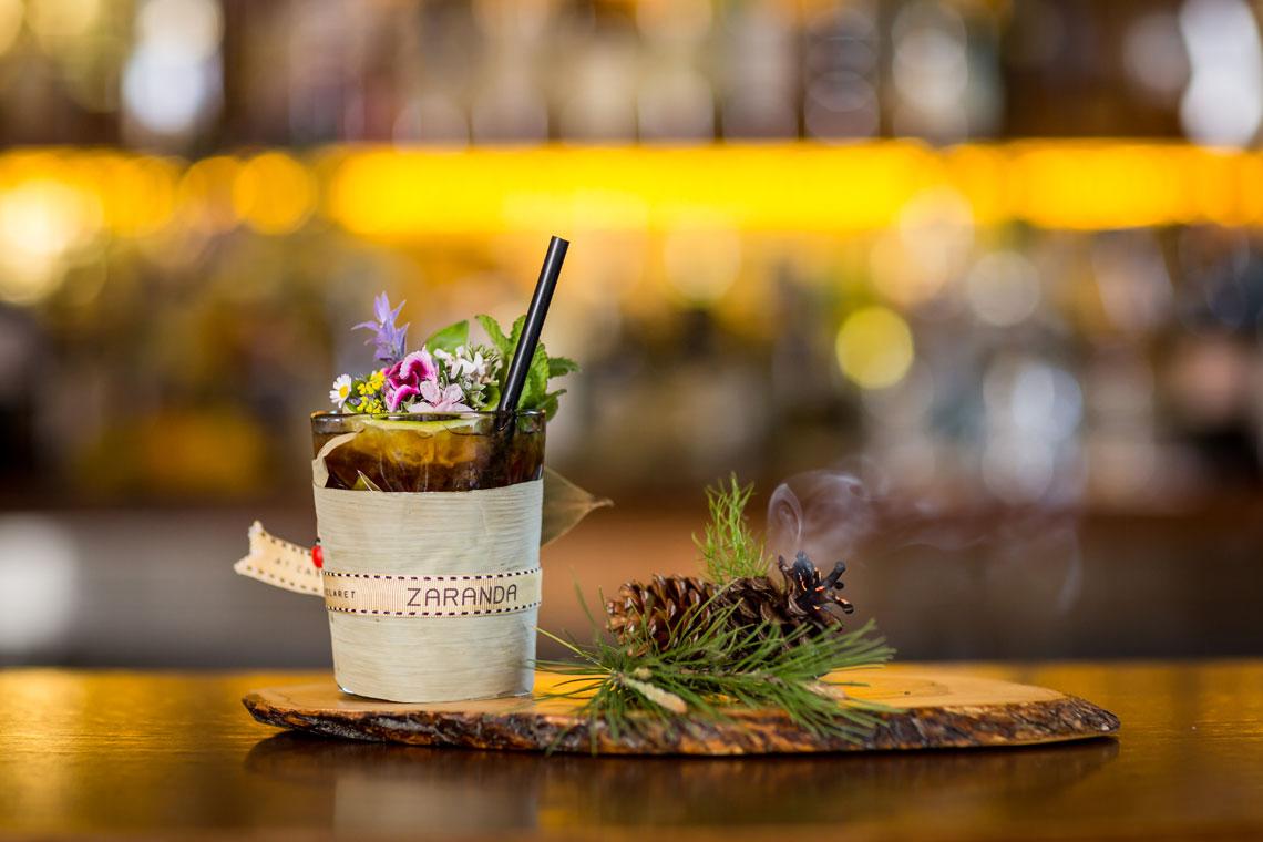 drink served on wooden platter