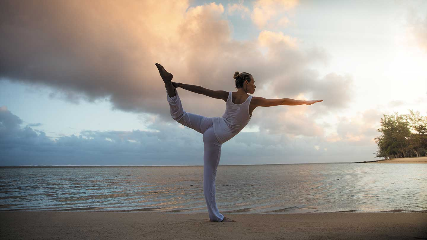 Sunset yoga at Heritage Le Telfair Golf and Wellness Resort