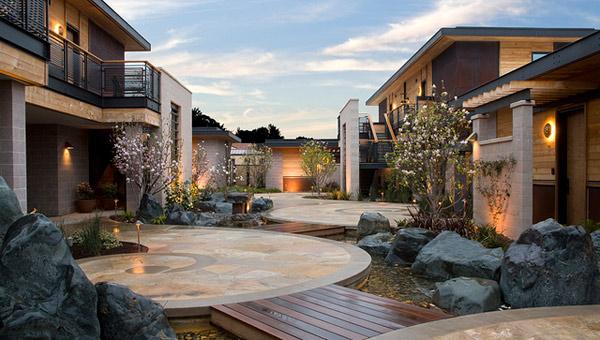Bardessono's outdoor magnolia courtyard
