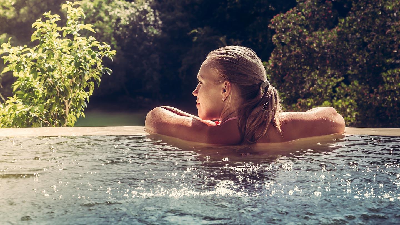 chlorine-pool