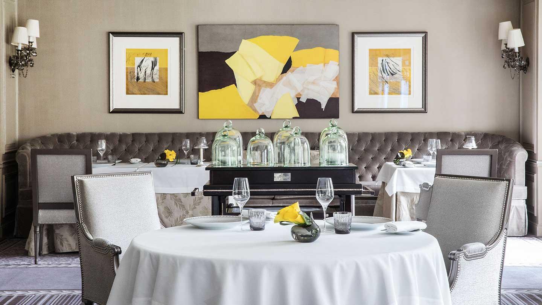 Shangri-la Hotel Paris Dining