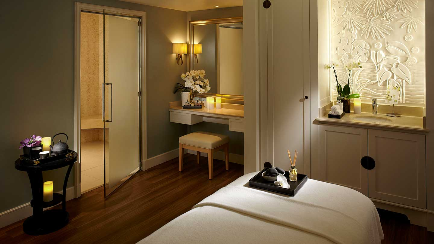 Shangri-la Hotel Paris Treatment Room