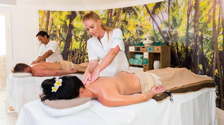 Alphonse Island - Massage
