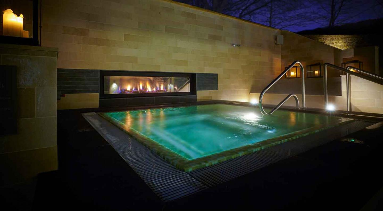 Hot-tub--spa-lo-res