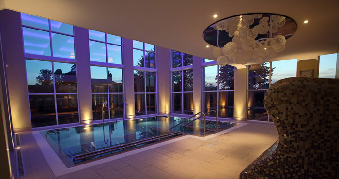 Bedford-Lodge-indoor-pool