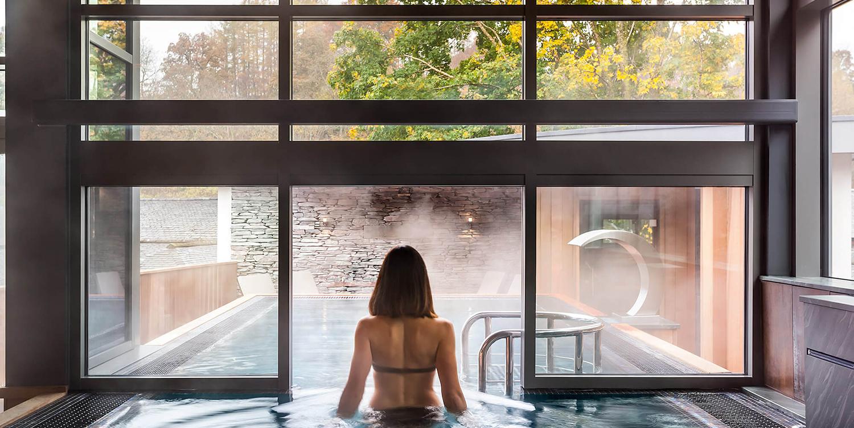 brimstone-spa-pool-woman-walking