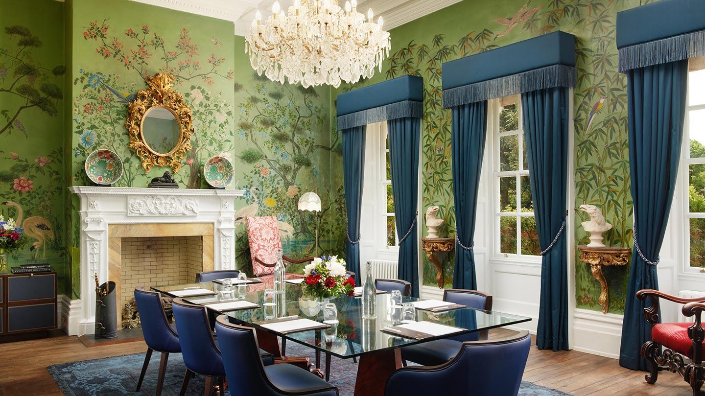 champneys-henlow-peacock-room