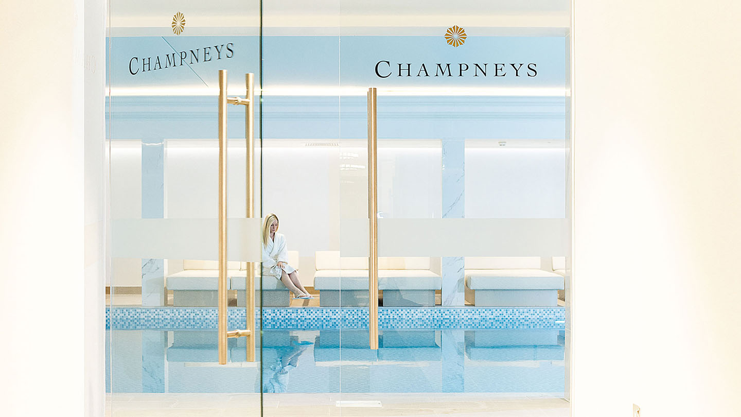 champneys-eastwell-manor-entrance