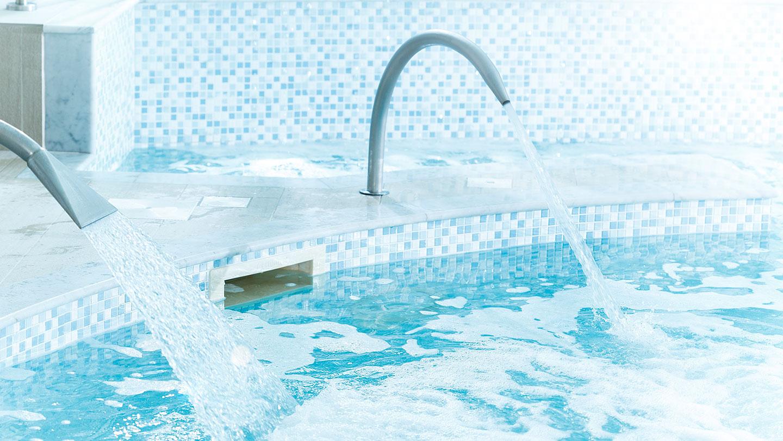 champneys-eastwell-manor-pool