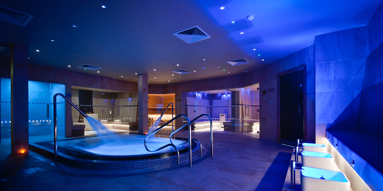 inside-spa-vitality-pool