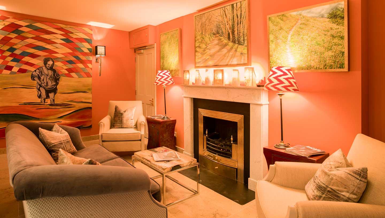 orange-lounge
