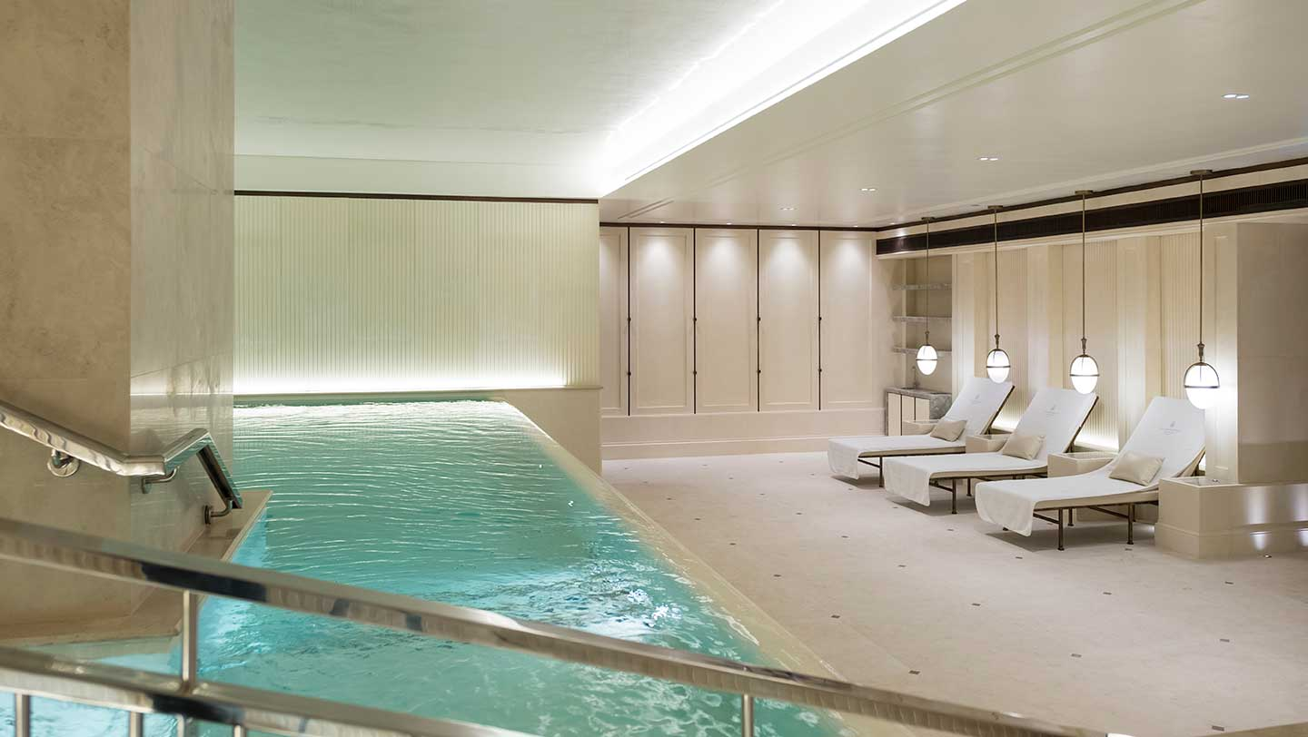 Club___Spa_Hydro_Pool_Area_9328