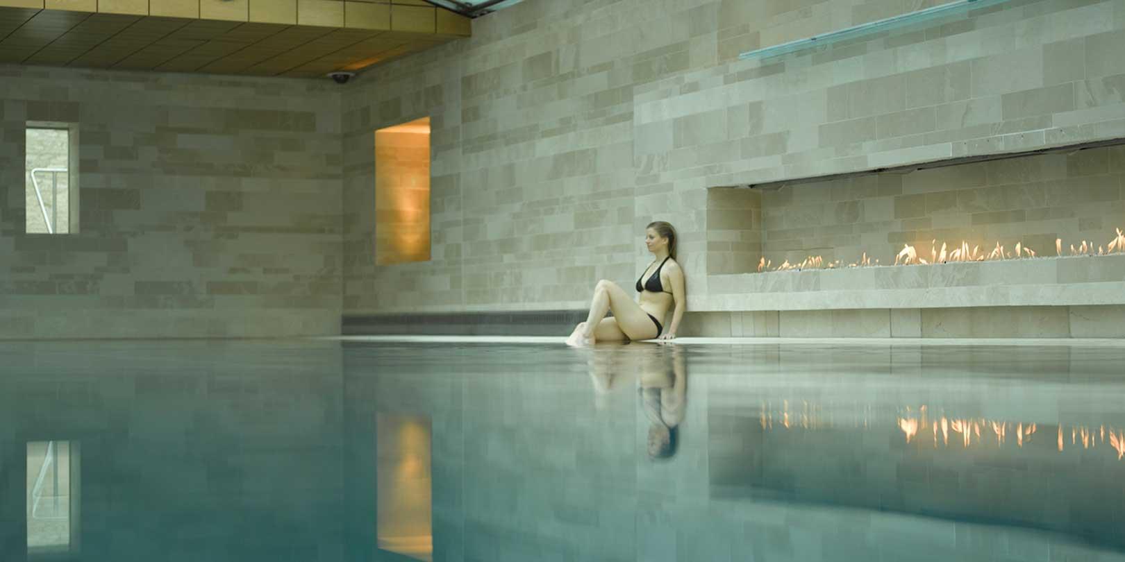lucknam-pool