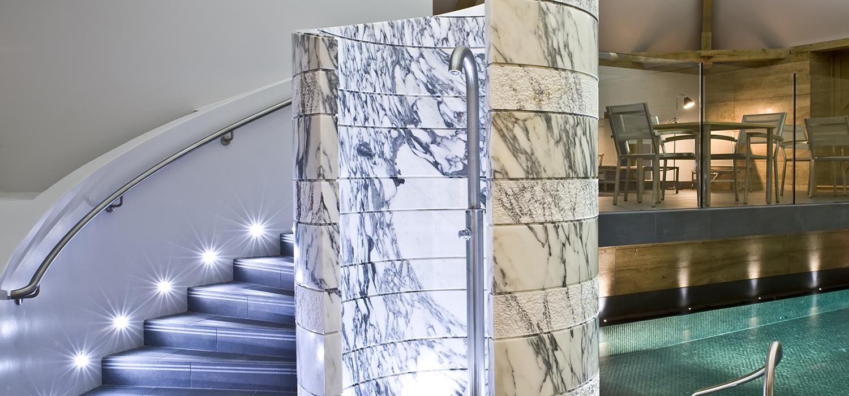 park-house-marble-shower