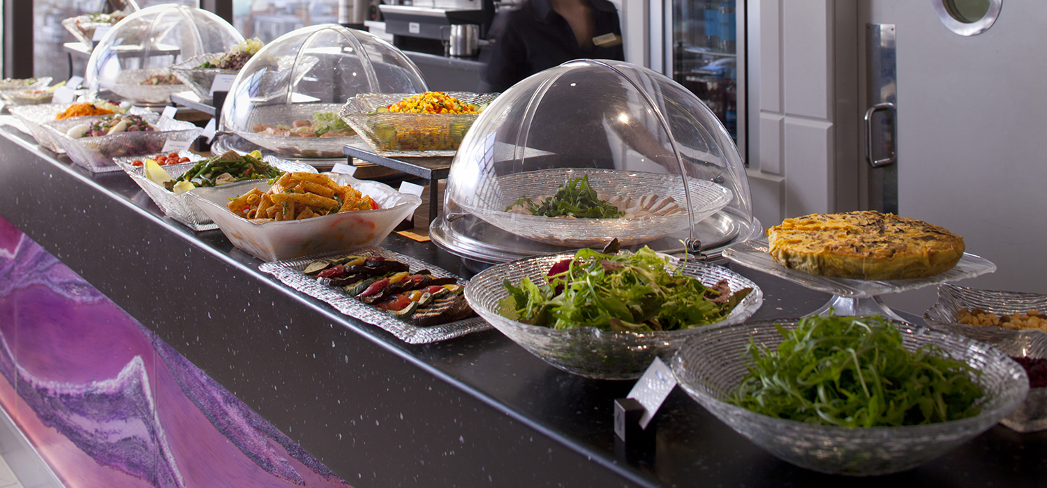 Jumeirah_Carlton_Tower_-_The_Peak_Health_Club-buffet