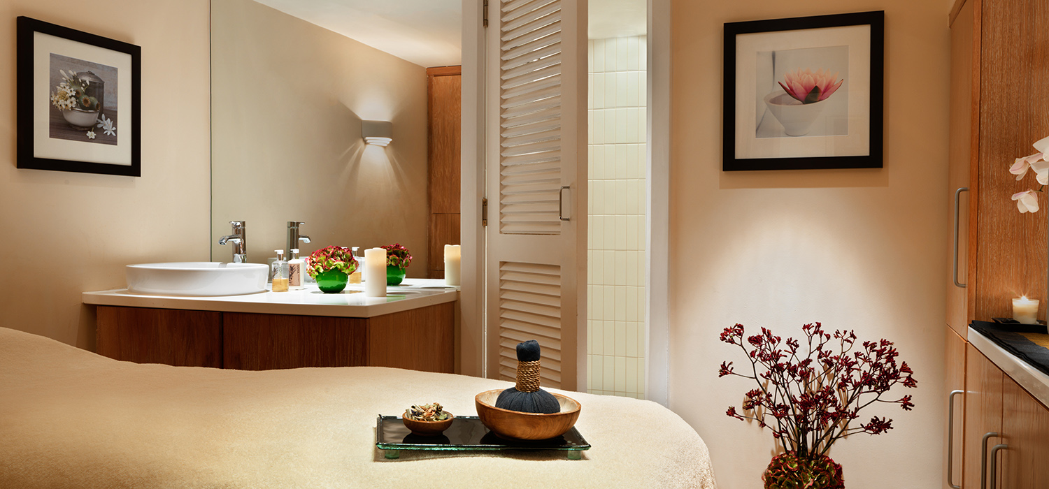 The_Peak_Health_Club_and_Spa_-_treatment_room