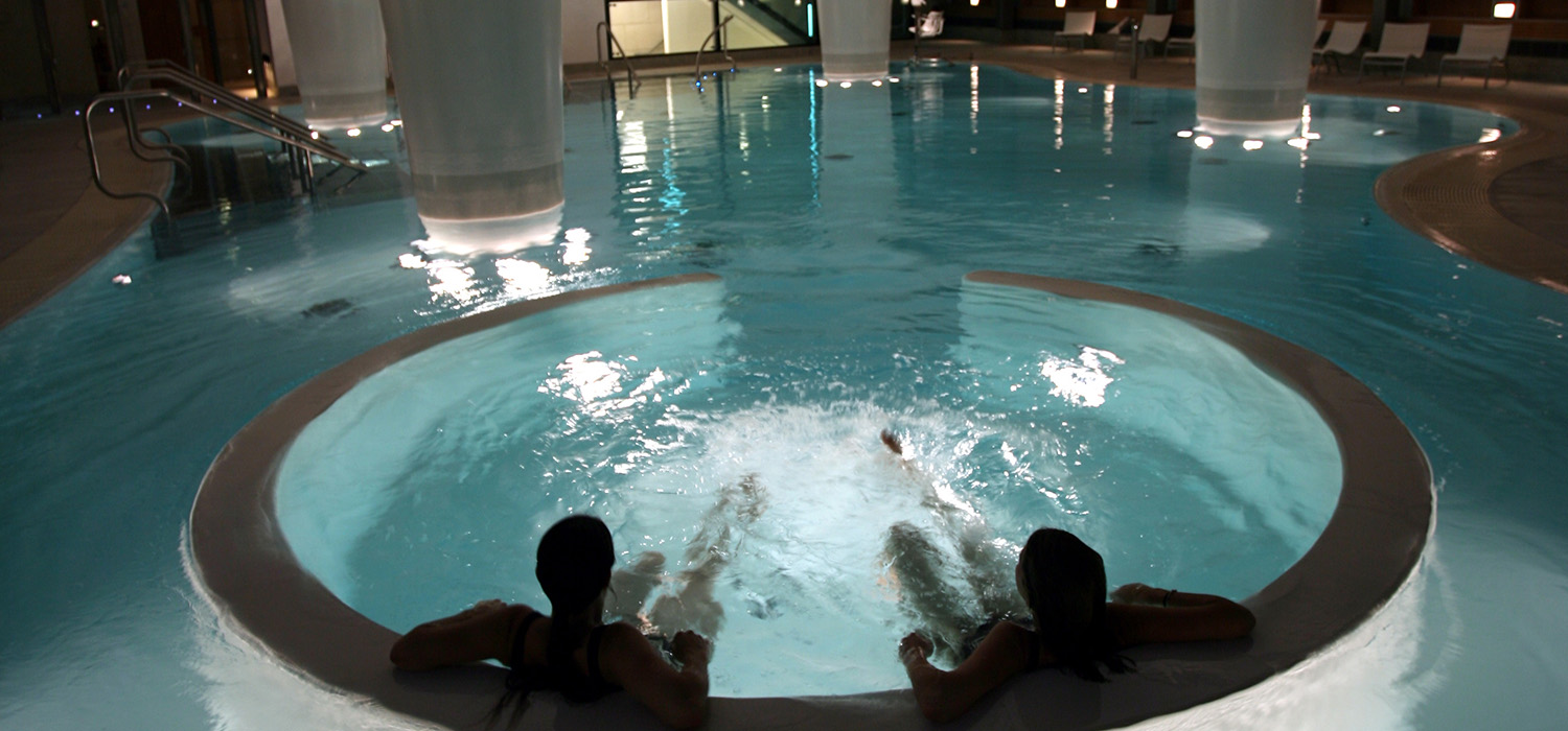 Thermae_hydro_pool