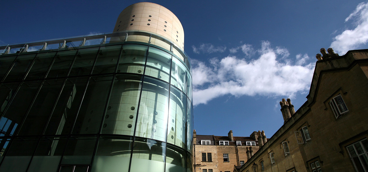 thermae_exterior_day