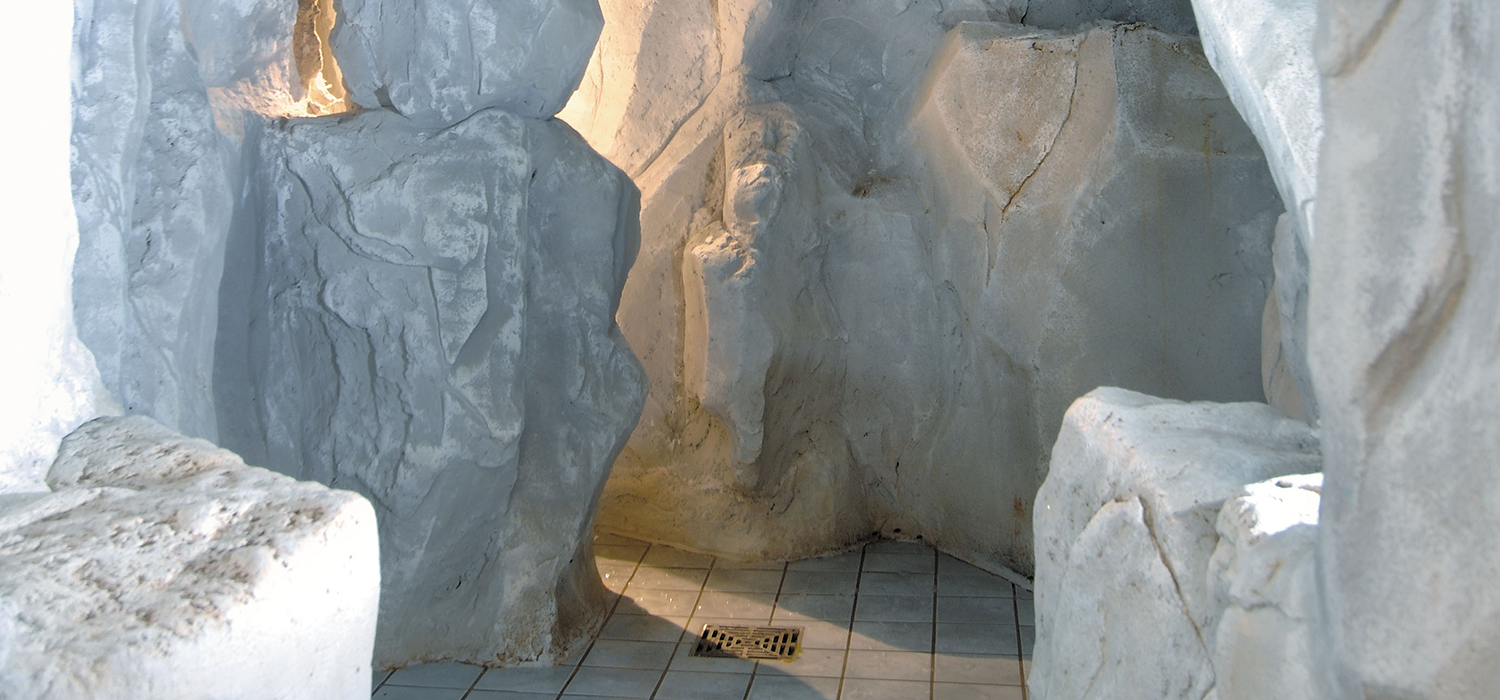 thoresby_ice_cave