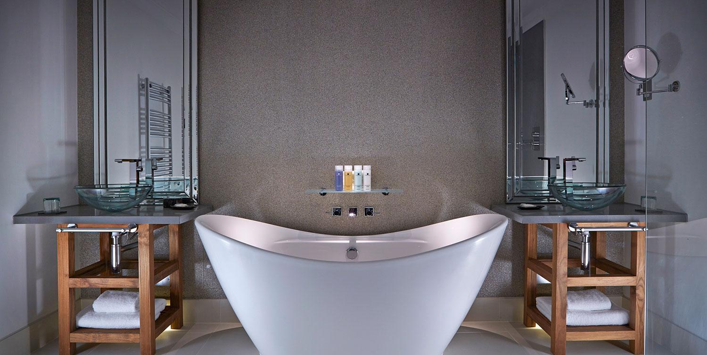 AH-bathroom