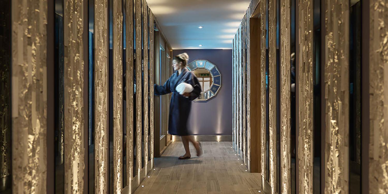 Spa_corridor