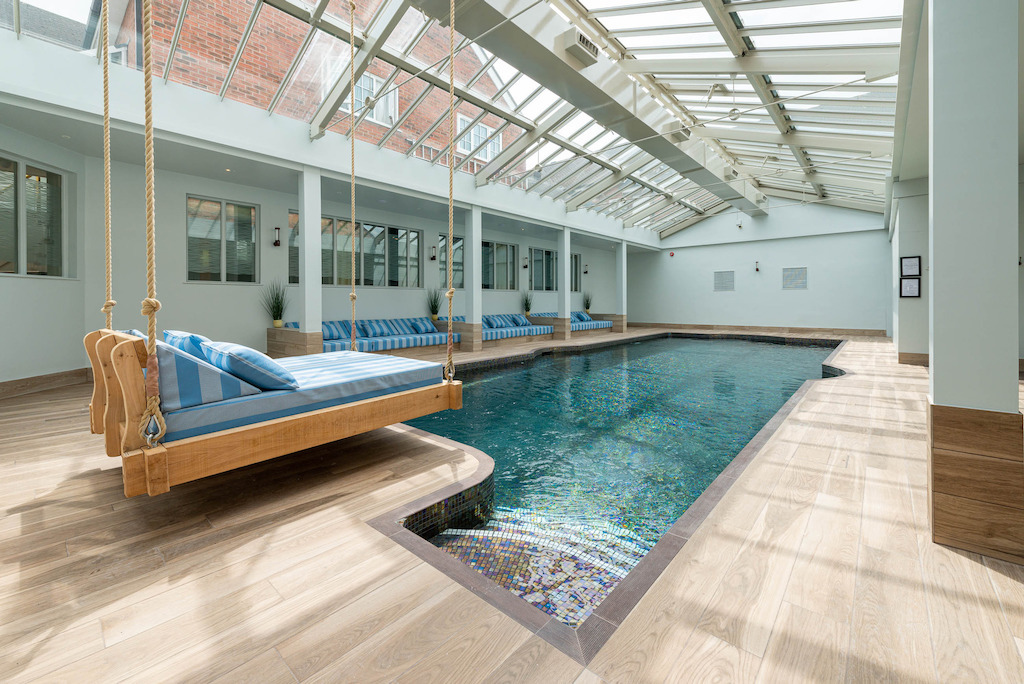 Manor_House_Hotel_pool