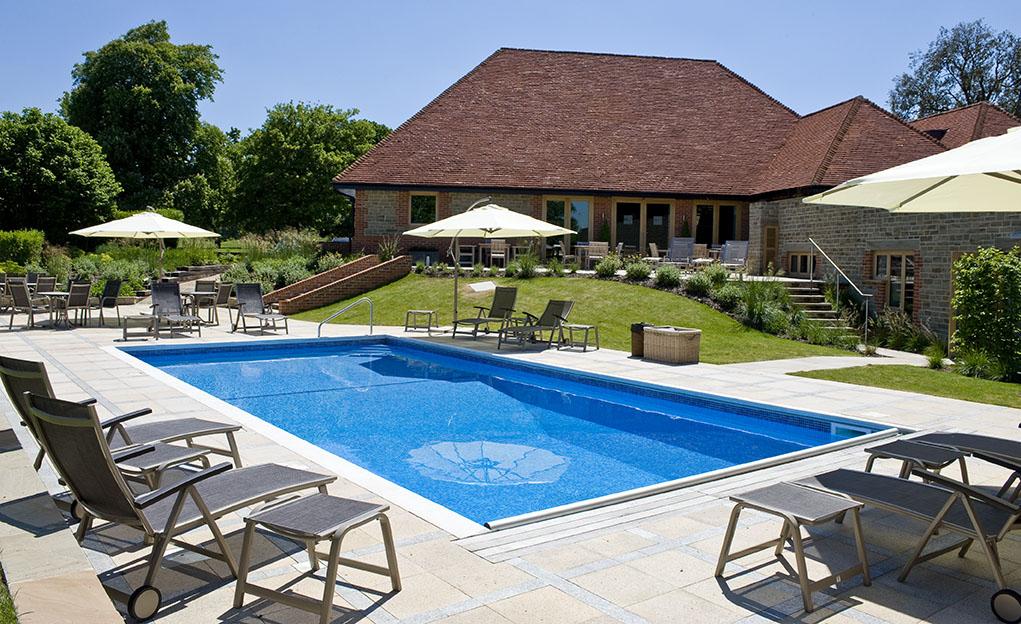 Outdoor-pool_2