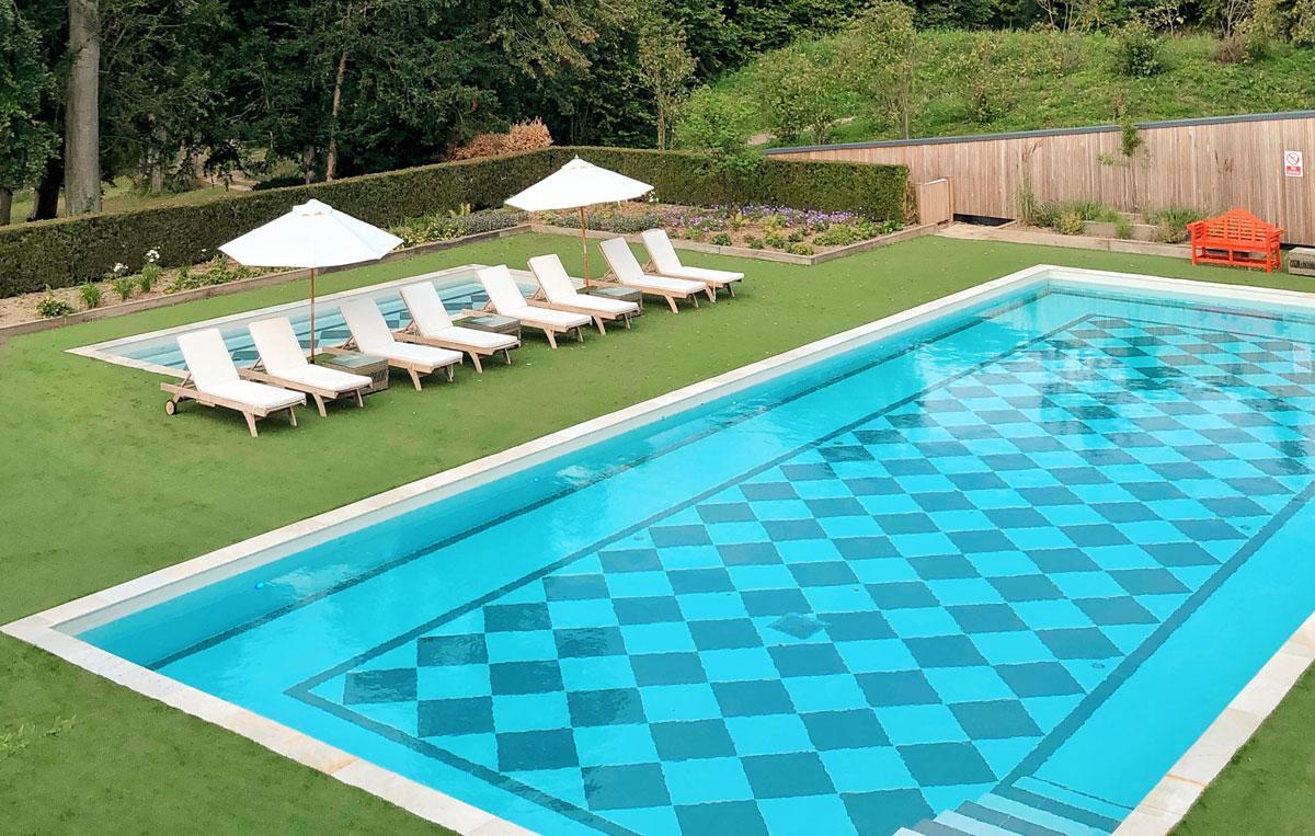 Outdoor-pool_3