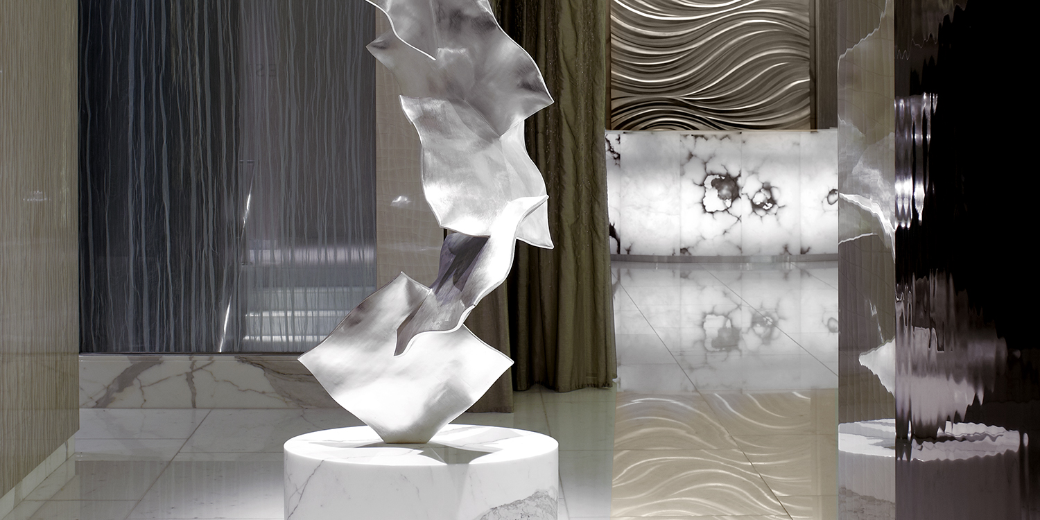The_Gold_leaf_sculpture_ESPA_Life_at_Corinthia