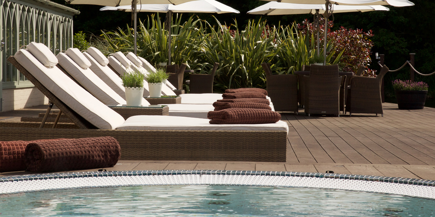 Wynyard-Hall-Spa-Sun-Loungers