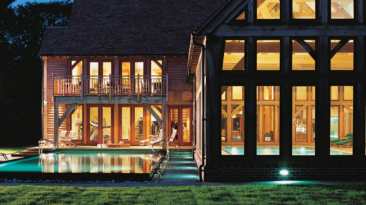 at-night-images-of-the-pool