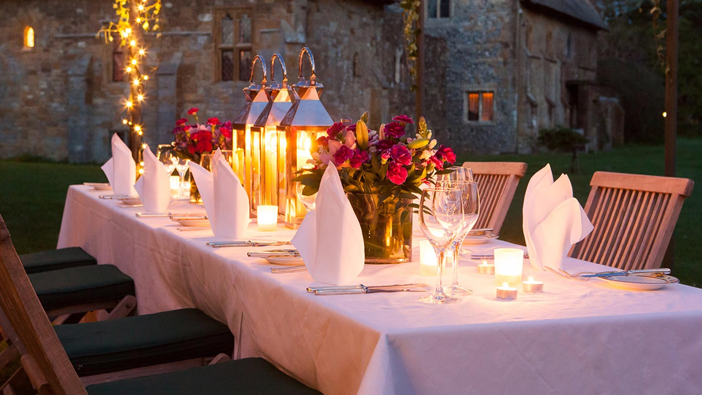 candle-lite-dinner
