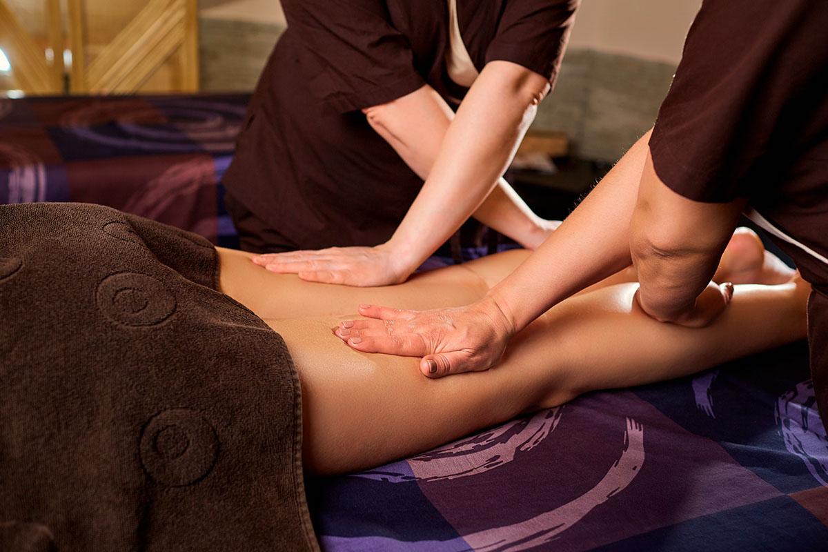 fourhandedmassage