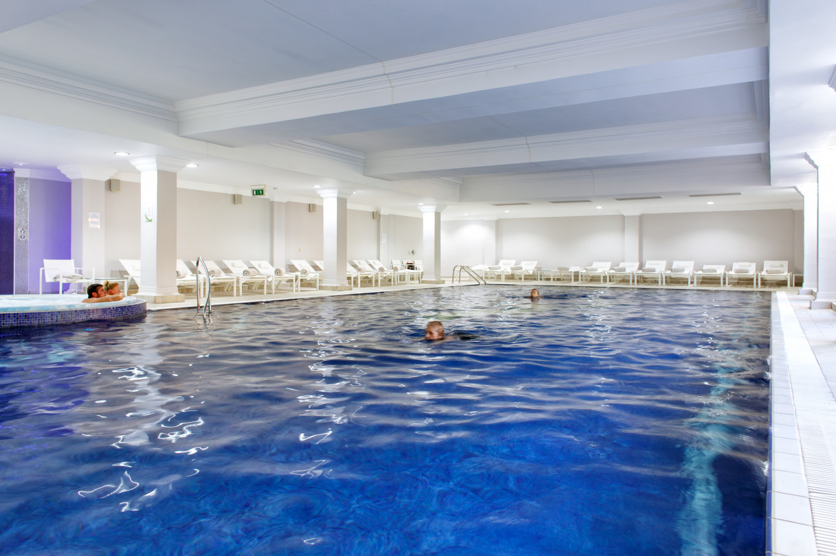 greeenwoods_hotel_and_spa