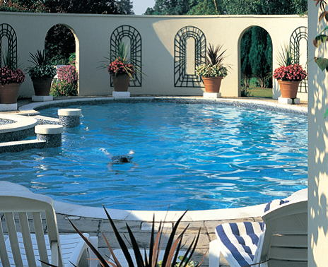 halcyon_spa_outdoor_pool