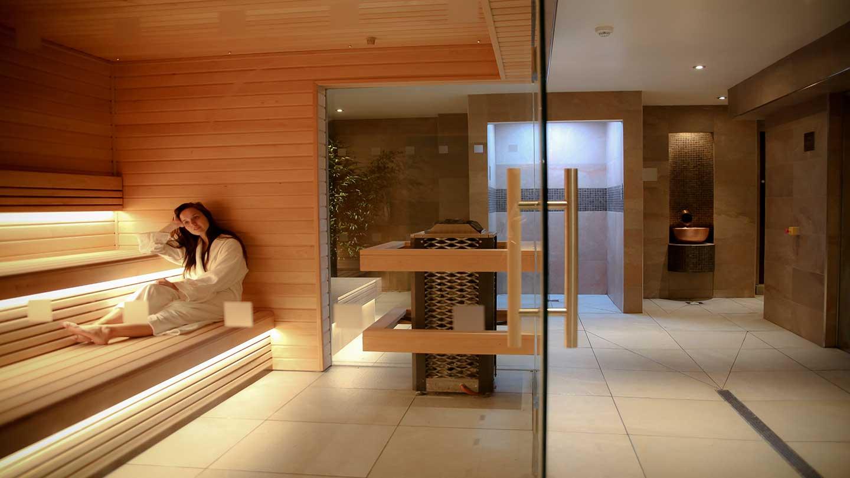 lady-in-sauna