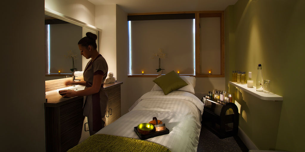 lifehouse spa treatment room