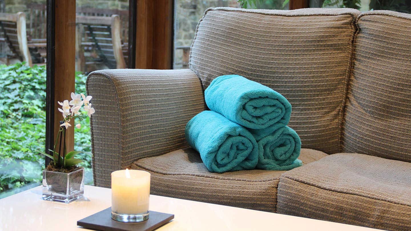 towels-on-the-sofa