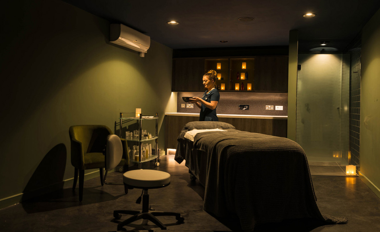 treatment-bed-dark